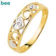 Lovely Diamond set heart 9 ct ring