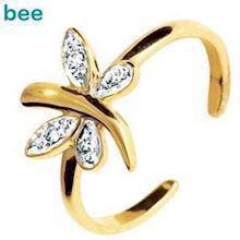 Dragon Fly 9 ct toe ring with Diamonds